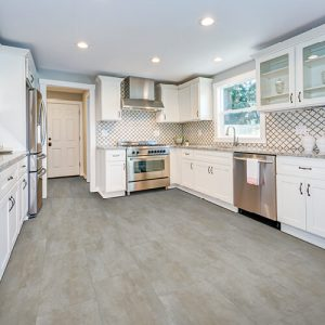 Kitchen countertop and cabinets | Carpet Mart, INC
